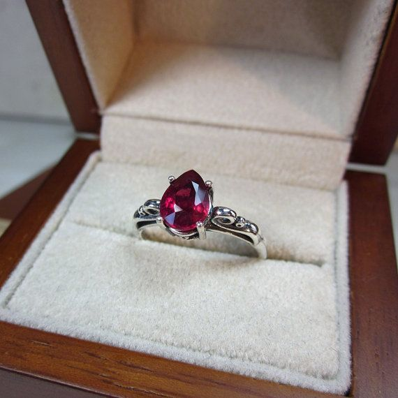 Genuine Pear Ruby Ring Authentic Ruby This high quality Ruby ring