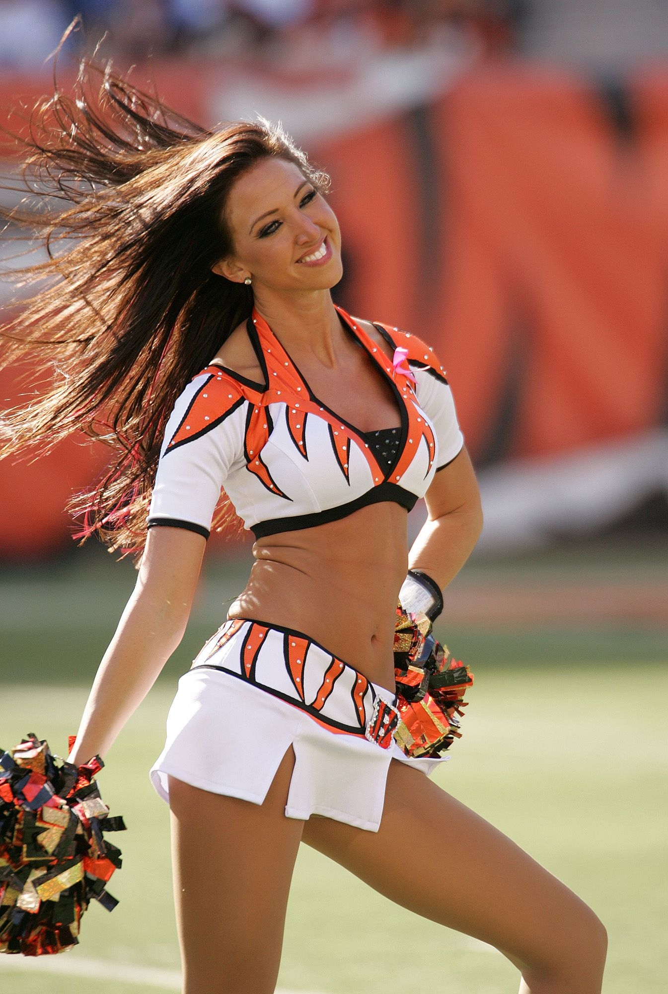 bengal cheerleader's have some of the cutest costumes! | dance