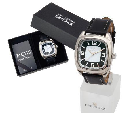 luxusné a elegantné hodinky značky Pertegaz. Tieto luxusné analógové hodinky so strojčekom QUARTZ pre pánov majú moderný a mohutný dizajn a remienok vyrobený z kože. Dodávané v darčekovej krabičke. Potešte seba alebo svojich blízkych krásnymi hodinkami. Tieto moderné analógové hodinky Vás uchvátia svojim nádherným a elegantným vzhľadom.