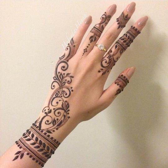 Mehndi Fingers Zara : Pinterest alexandrahuffy ☼ ☾ henna