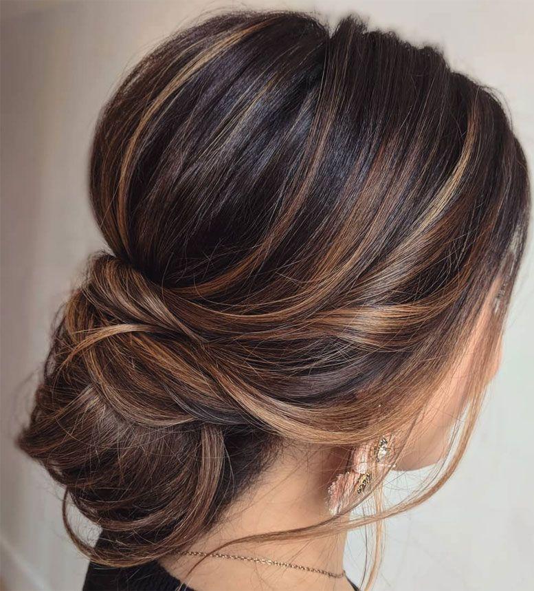 100 Prettiest Wedding Hairstyles For Ceremony & Reception messy updo bridal hairstyle,updo hairstyles ,wedding hairstyles #weddinghair #hairstyles #updo #hairupstyle #chignon #braids #simplebun