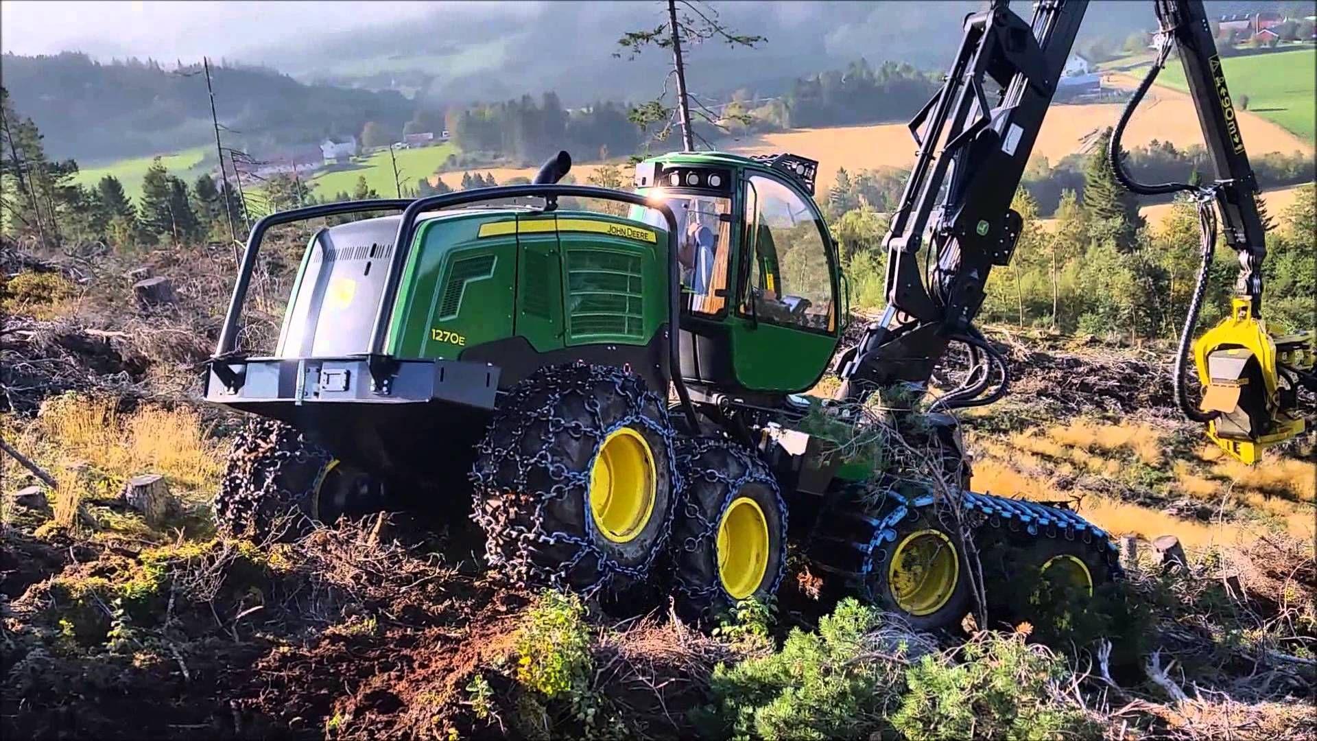 John Deere 1270E forestry harvester   Forest machinery
