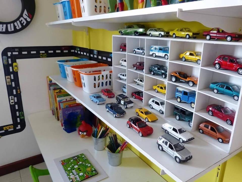 C mo organizar los coches de juguete y decorar al mismo - Organizar habitacion infantil ...