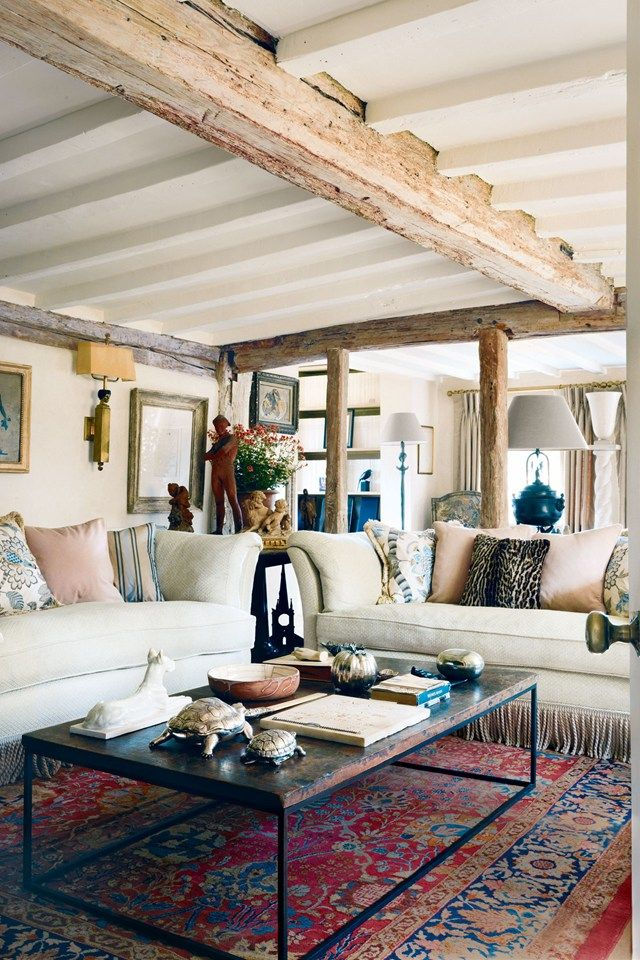 Paolo Moschino And Philip Vergeylen S Country Home With Images Country Cottage Living Room Cottage Living Rooms Country Cottage Interiors