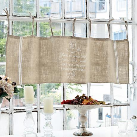 Stilvoller Sichtschutz stellt diese Gardine aus blickdichtem - fenster gardinen küche