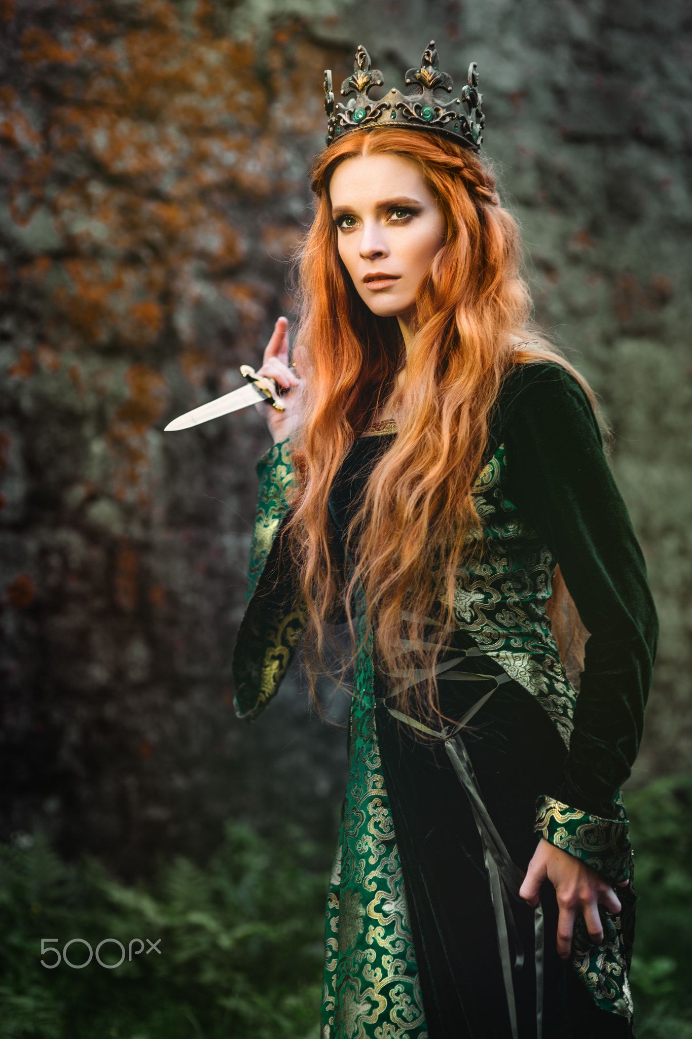 Ginger Queen Near The Castle Red Haired Woman In A Green Medieval Dress Near The Castle Medieval Princess Queen Aesthetic Fantasy Fashion