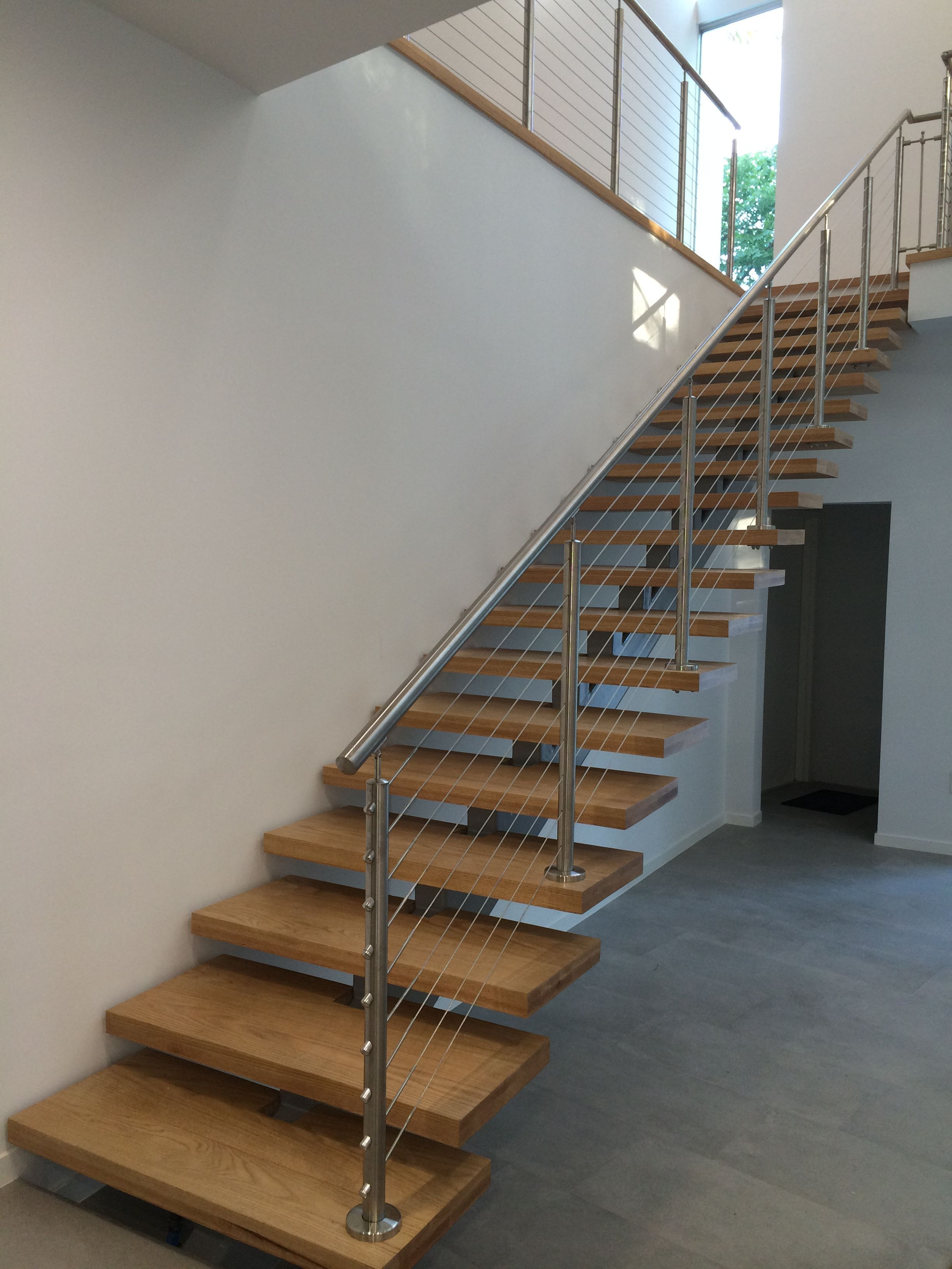 Metal stair s s cable rail