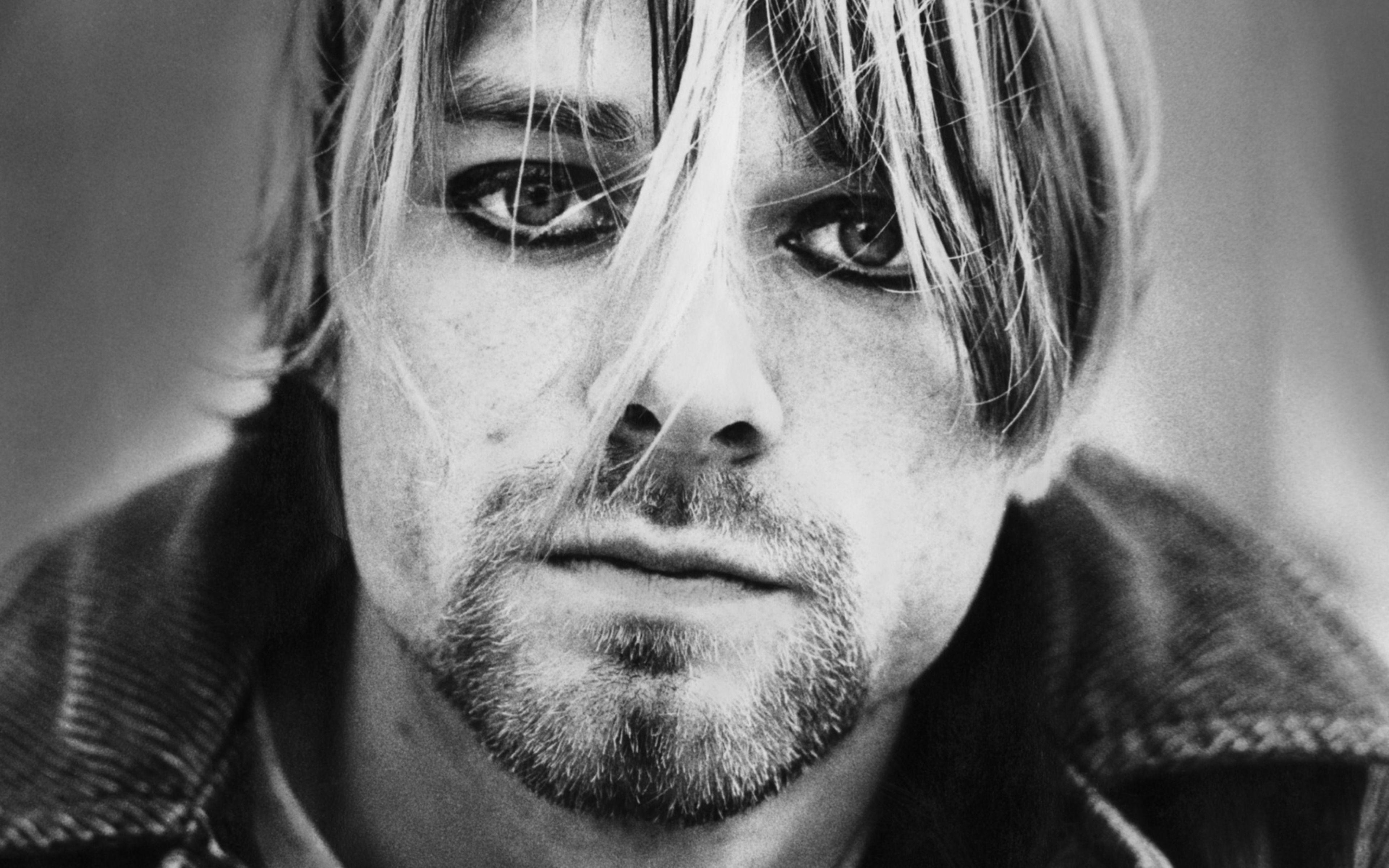 ปักพินในบอร์ด Kurt cobain