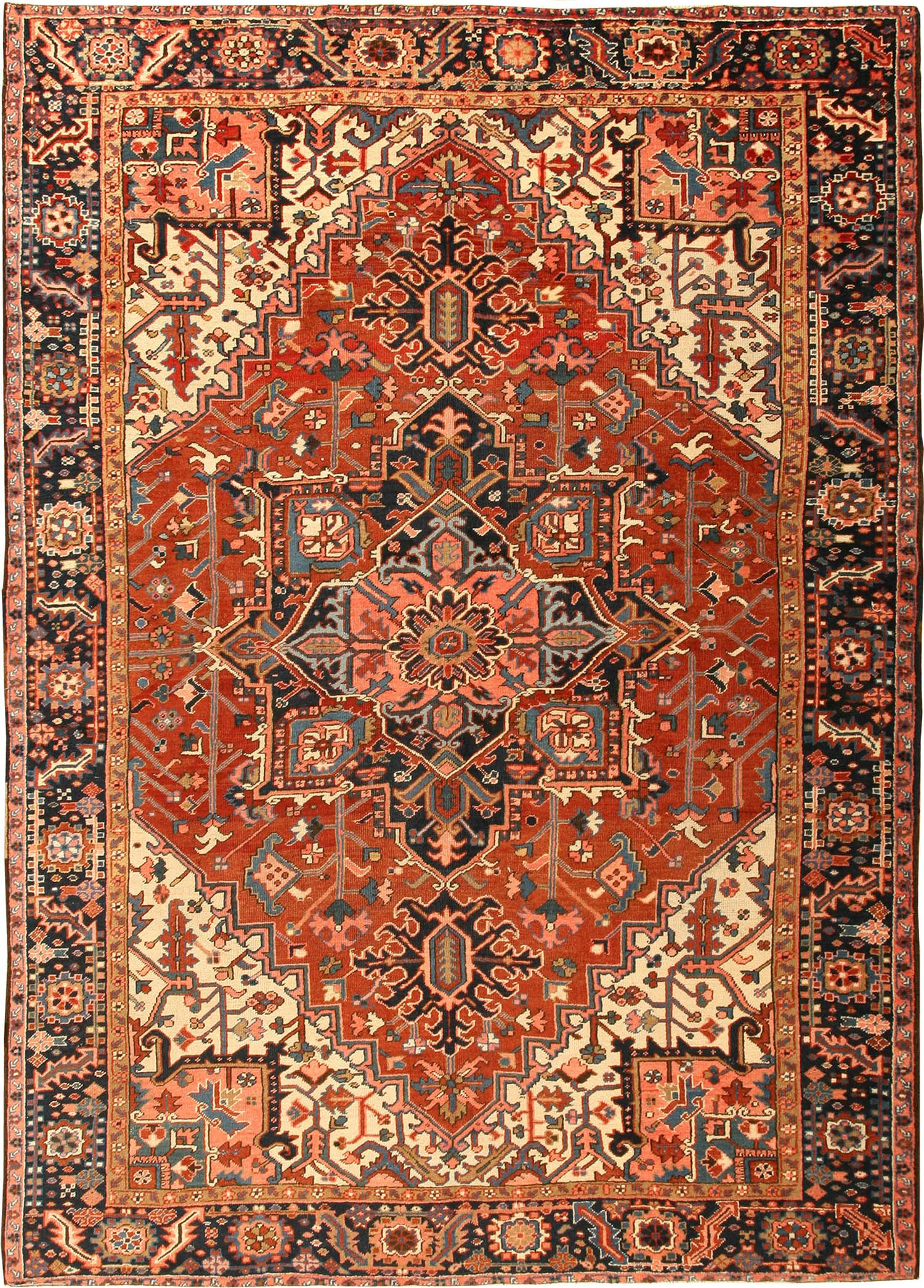 Get To Know More About Heriz Rugs In 2020 Persian Rug Iranian