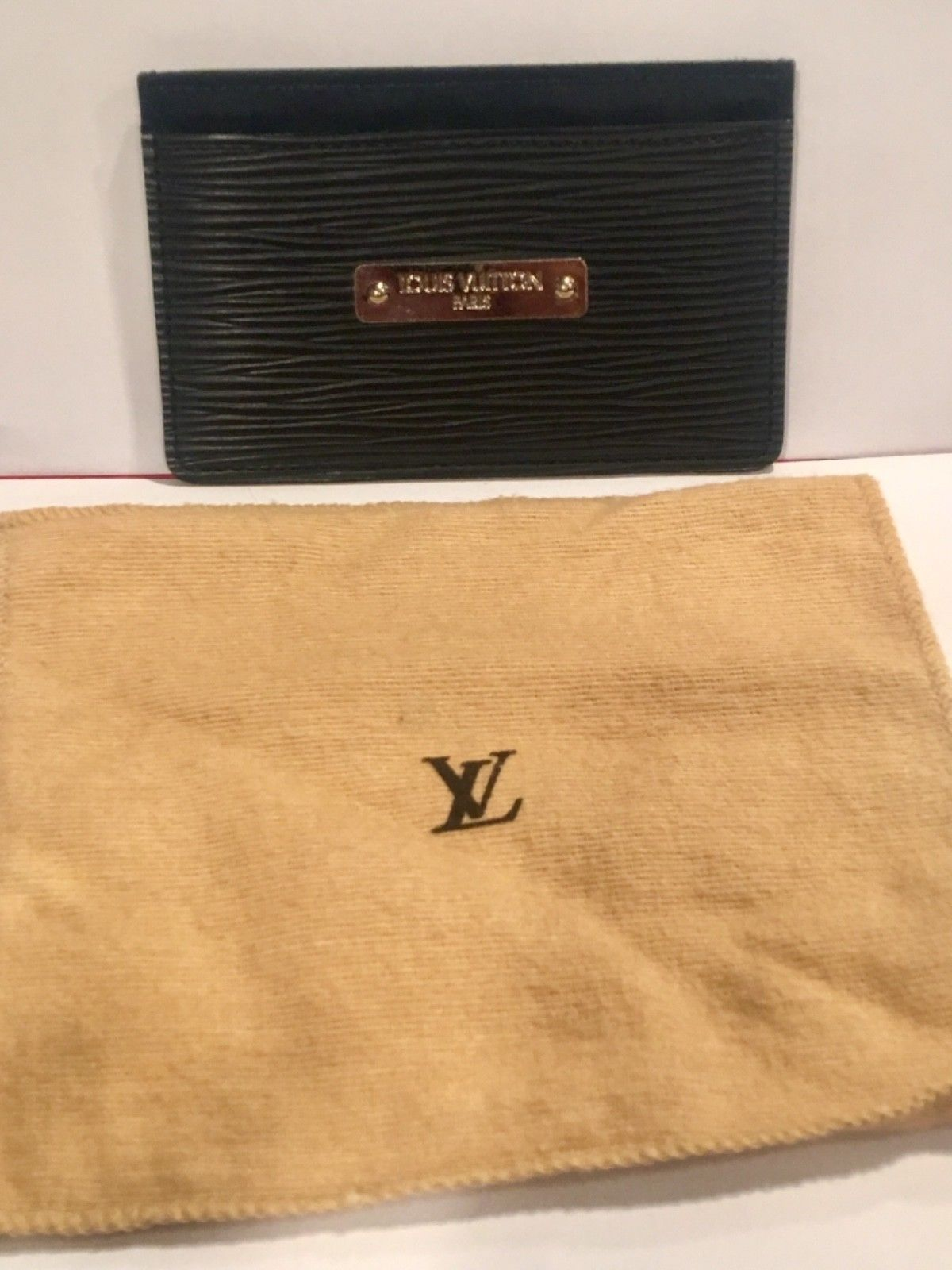 d80c14e14e9d VERY RARE!!! Authentic Louis-Vuitton Mens card holder EPI leather ...