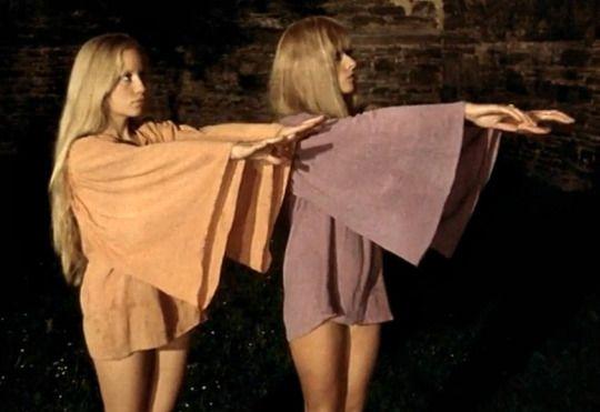 Goregirl S Dungeon The Demoniacs 1974 Directed By Jean Rollin Vintage Ladies 70s Fashion Women