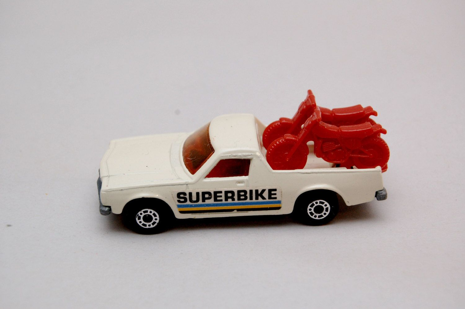 Matchbox Superfast 60 Holden Pickup Truck Superbike Logo Red Motorcycles Lesney Products Made In England Die Cast Toy Car Colle Toy Car Toys Matchbox Cars [ 997 x 1500 Pixel ]
