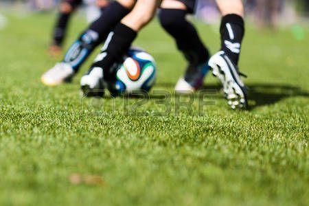 Ninos Jugando Futbol Imagen De Partido De Entrenamiento De Futbol