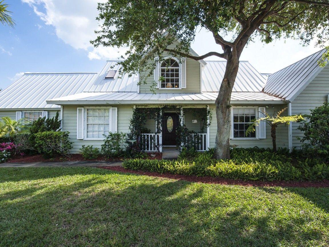 $489000 4/3 pool/spa btwn ocean & river  1655 Shuckers Point, Vero Beach FL, 32963 for sale | Homes.com