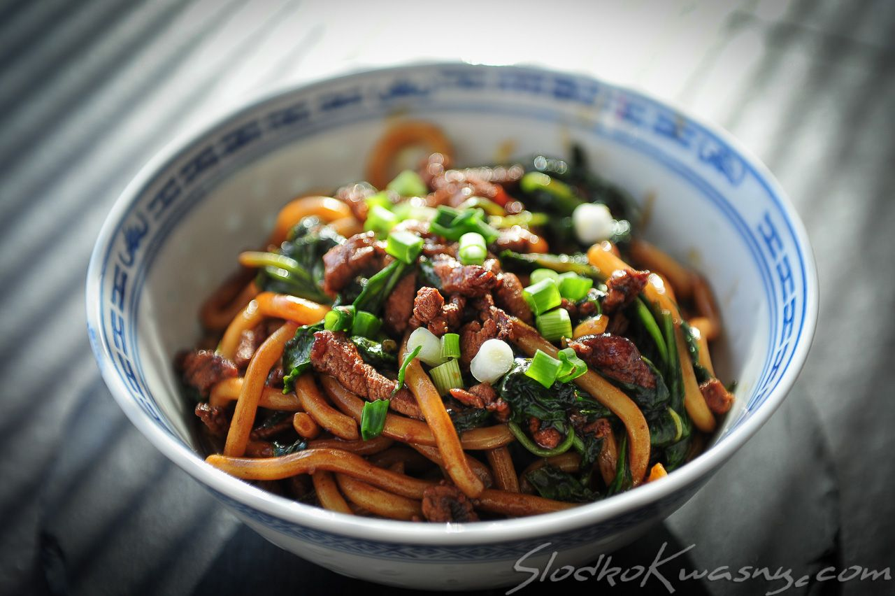 Smażony makaron przepis z Szanghaju Gute küche, Essen