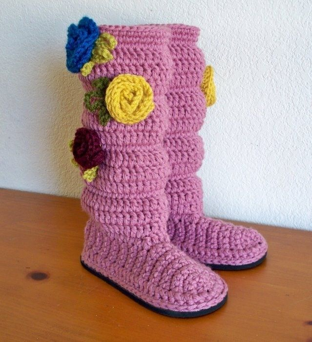 Crochet+Gifts+for+Women | Gift presents for women: Stylish warm legs, free crochet patterns