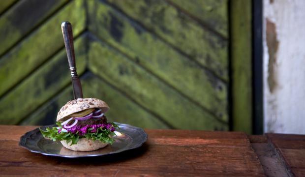 Riistahampurilainen   Maa- ja kotitalousnaiset #riista #hampurilainen #burgeri #maajakotitalousnaiset #ruokaneuvot