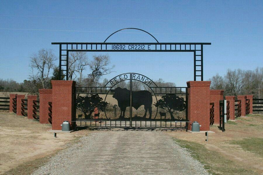 Pin de Kody Martin en ranching Puertas de jardín de