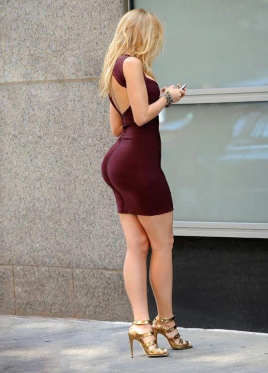 Chicas En Sexys Minifaldas Damas Bellas Lively 2019 Blake qqTrp6