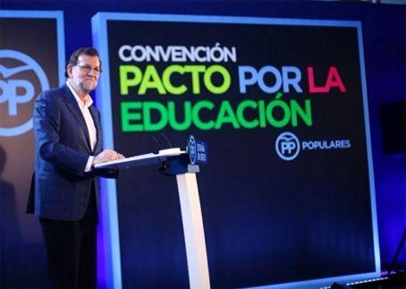 Rajoy se compromete a la gratuidad del material escolar digital        https://t.co/4JkcMiW7Xd #Madrid