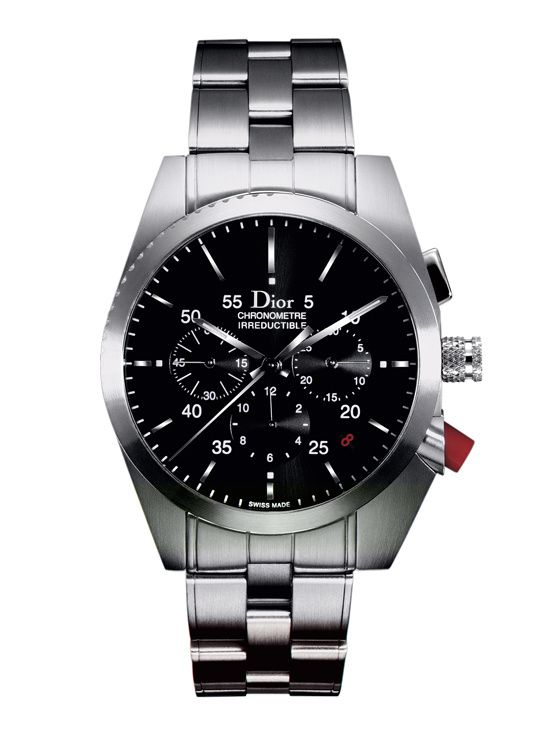 2004: la montre Chiffre Rouge A02 de Dior, 38mm, en acier http://www.vogue.fr/vogue-hommes/montres/diaporama/la-montre-chiffre-rouge-homme-de-dior-horlogerie-celebre-ses-10-ans-2014/20648#!2004-la-montre-chiffre-rouge-a02-de-dior-38mm-en-acier