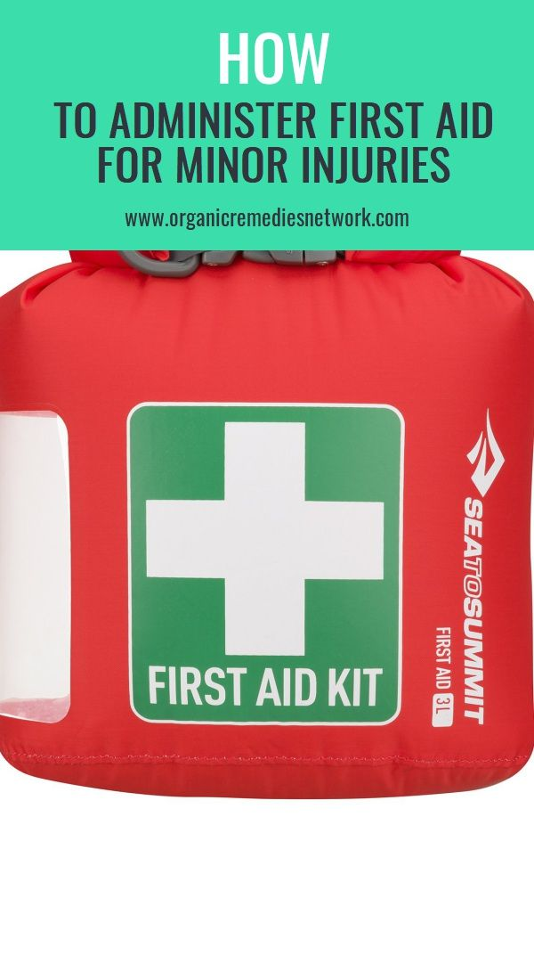 How To Administer First Aid For Minor Injuries   Natural ...