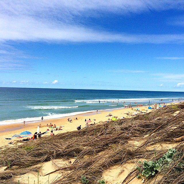 "61 mentions J'aime, 4 commentaires - Sandra Santos (@marmitablog) sur Instagram: ""La plage 💙 #letteblanche #plage #landes #vacances #euviviaaqui #marmitatravel #azul"""