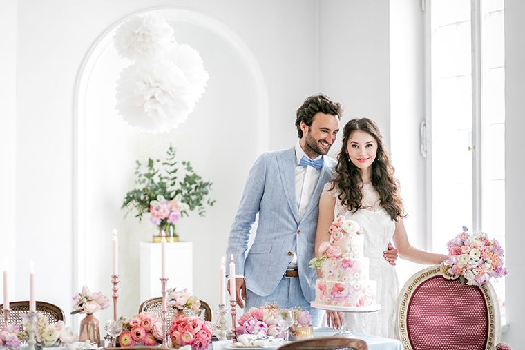 Another great coverage at the german premium wedding blog Frieda Therés about our colour concept in Pantone trend colours 2016.