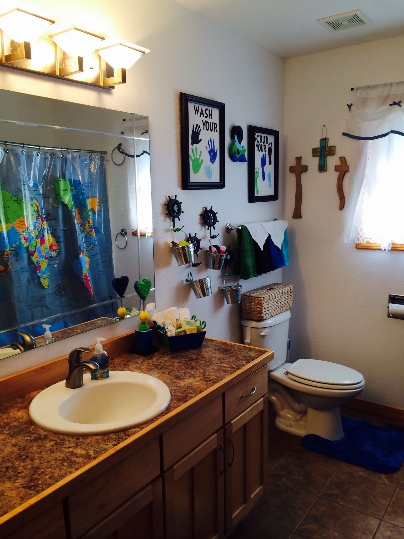 Diy Kids Bathroom Decor world map bathroom decor. kids bathroom decor. | diy | pinterest