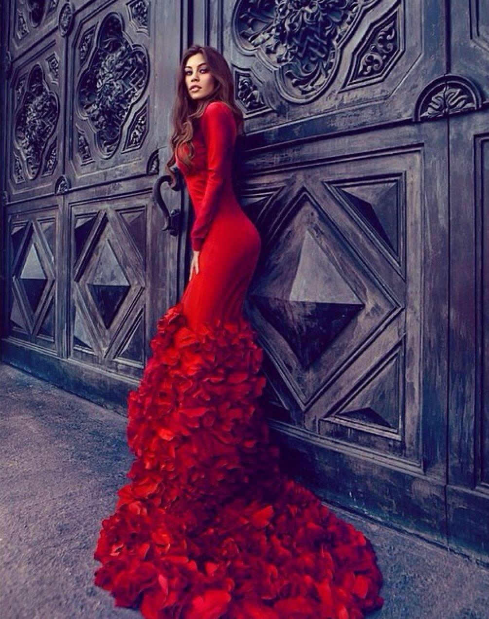 Lady in red womensfashion womenswear womensapparel