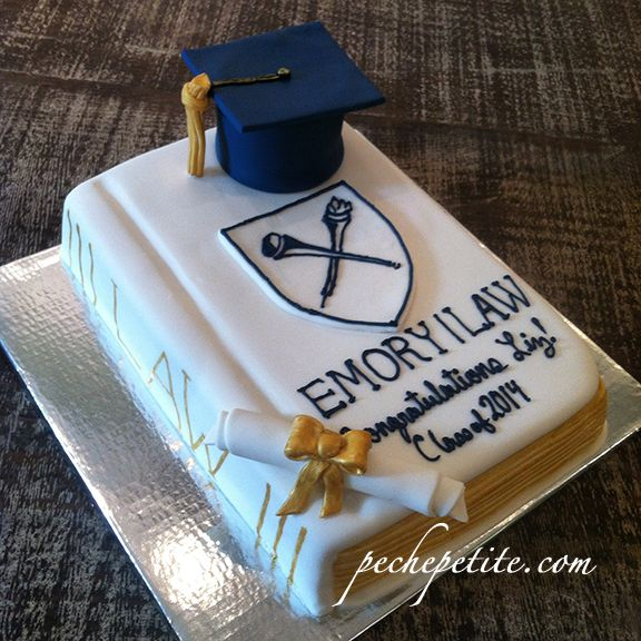 Law School Graduation Cake From Pechepetite Com With Images