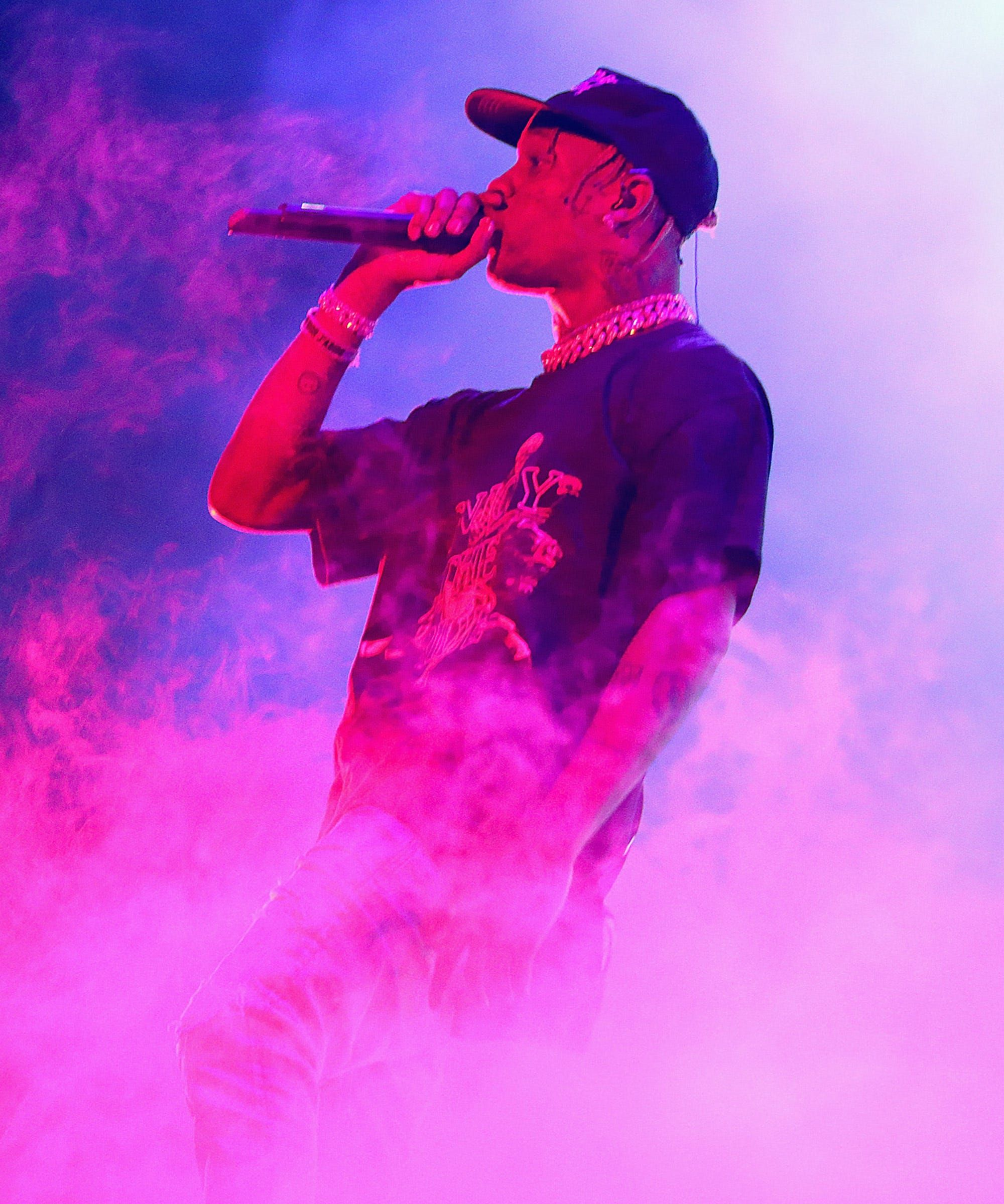 Travis Scott S Super Bowl Performance Just Got More Controversial In 2020 Picture Collage Wall Travis Scott Wallpapers Travis Scott