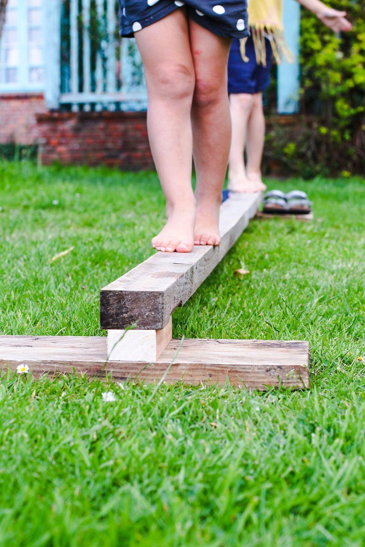 Der Balancierbalken Für Den Garten Tastesheriff Selber Machen Mit Kindern Garten Schwebebalken