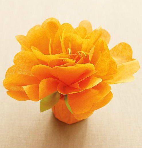 Hier ist eine schöne Idee und Anleitung für Geschenkverpackung als Blume basteln. Es macht man ganz einfach. Schauen Sie mal selber an.