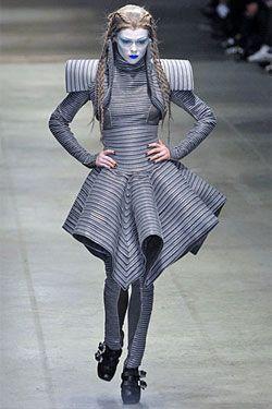 Avant Garde Fashion Fashion Scop Top Avant Garde Fashion Designers Fashion Futuristic Fashion Avant Garde Fashion