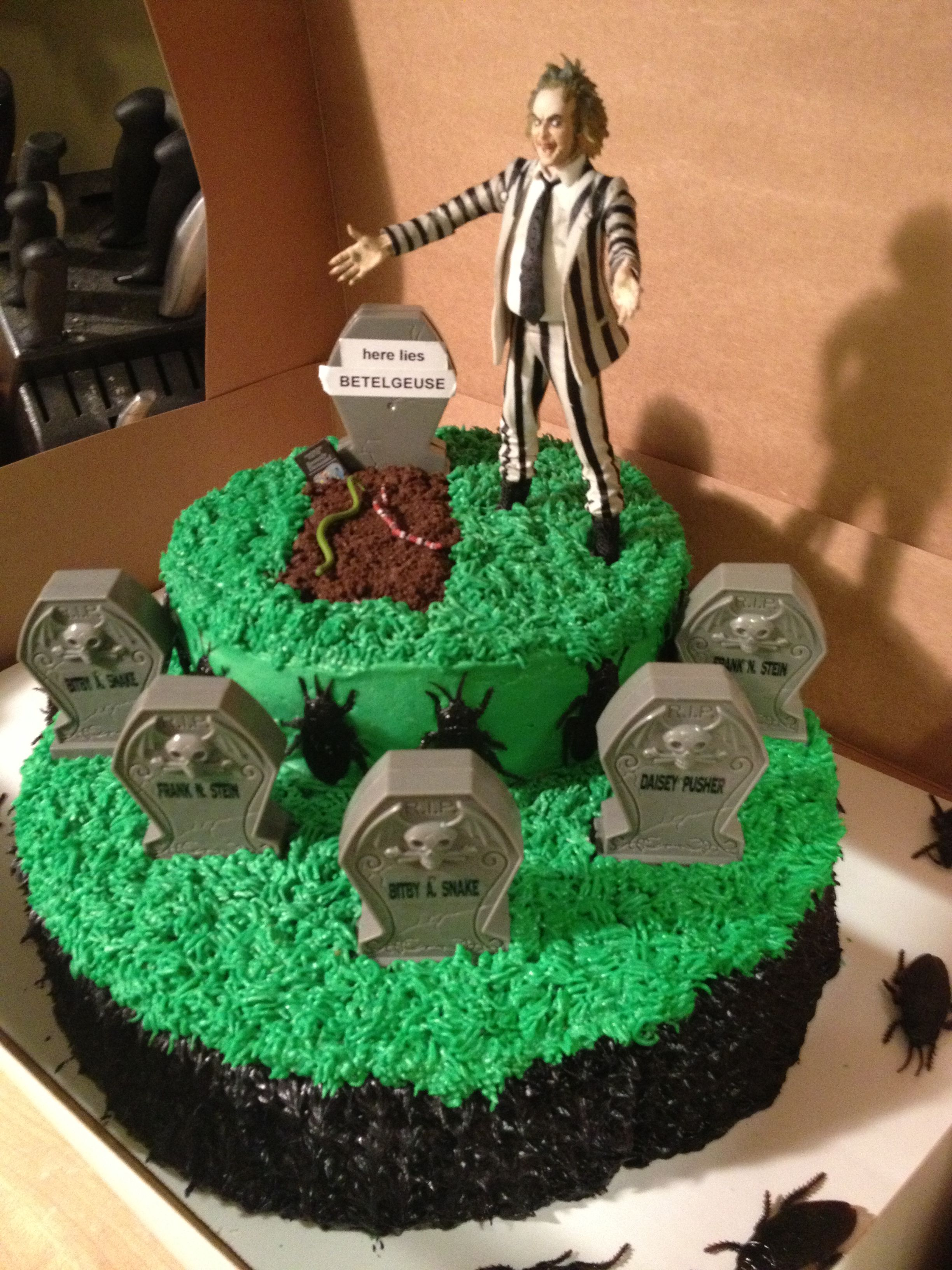 Beetlejuice cake! Homemade birthday cakes, Halloween
