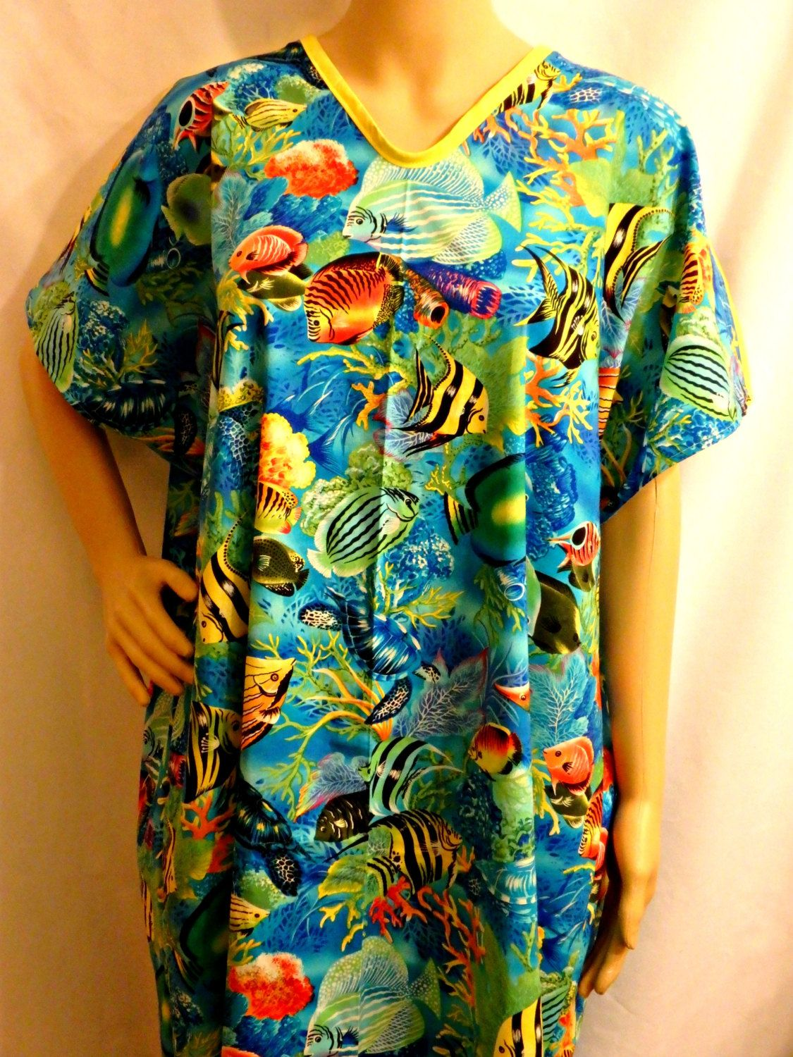 Cotton IV Hospital Gown for Bed bound Fits up to Plus Size TROPICAL ...