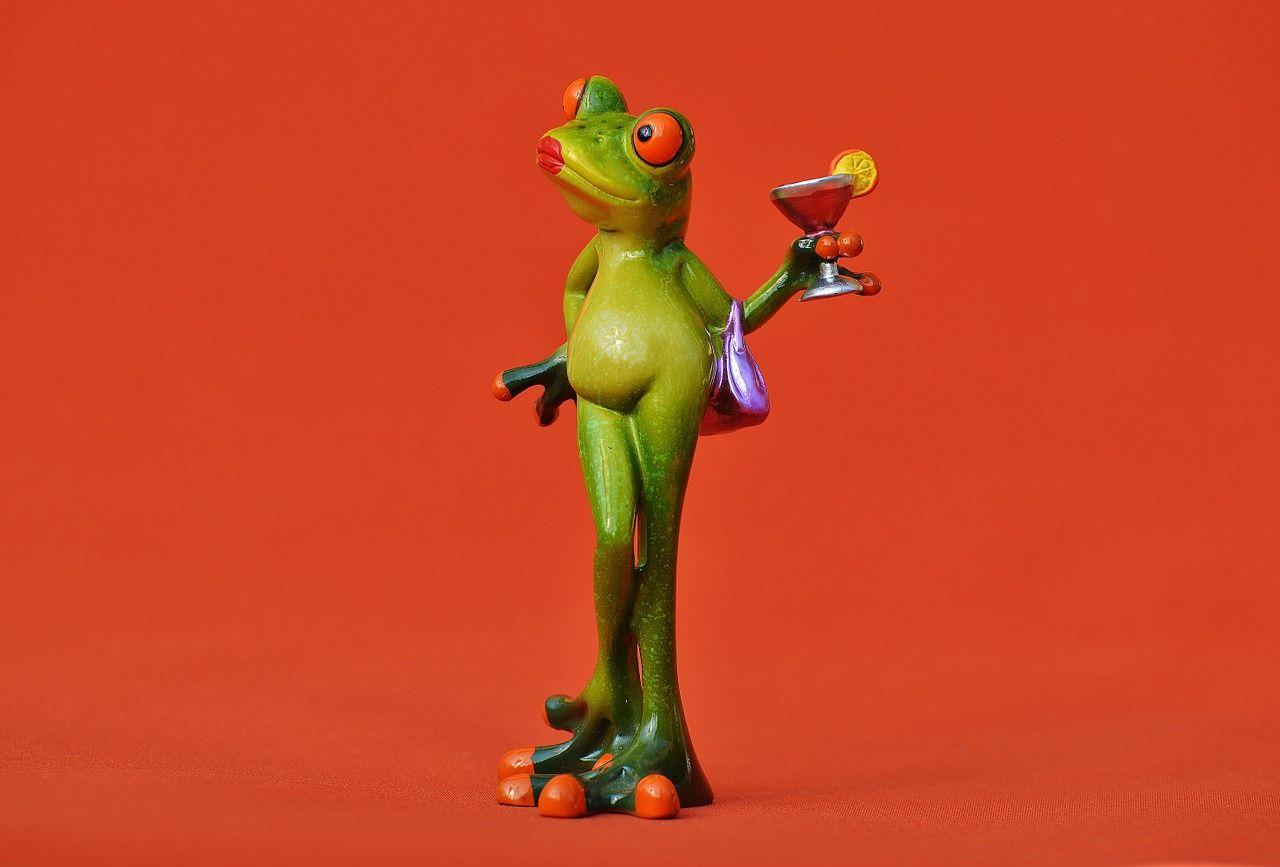 Gratis Afbeelding Op Pixabay Kikker Kuiken Lady Arrogant Kikker Cocktails Grappig
