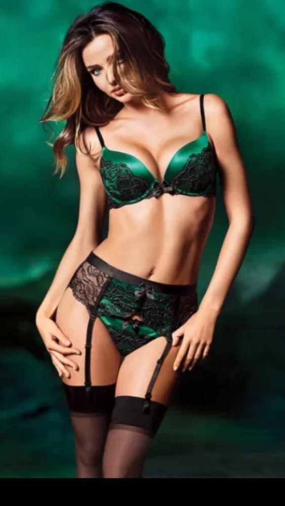 577b85747c7 Victoria s Secret EXCLUSIVE BLACK EMERALD GREEN LACE Garter BELT TIE BACK 2  Size  VictoriasSecret