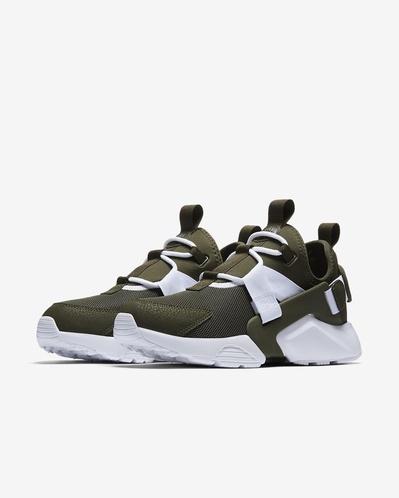 sale retailer f1074 aa460 Nike Air Huarache City Low Women s Shoe