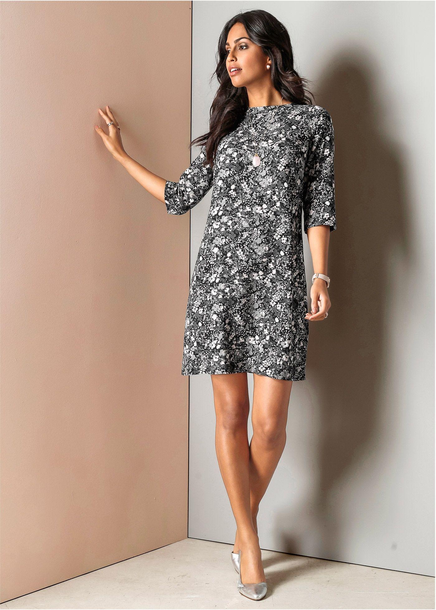 Modisch bedrucktes Kleid mit halblangen Ärmeln | Kleid blumen ...