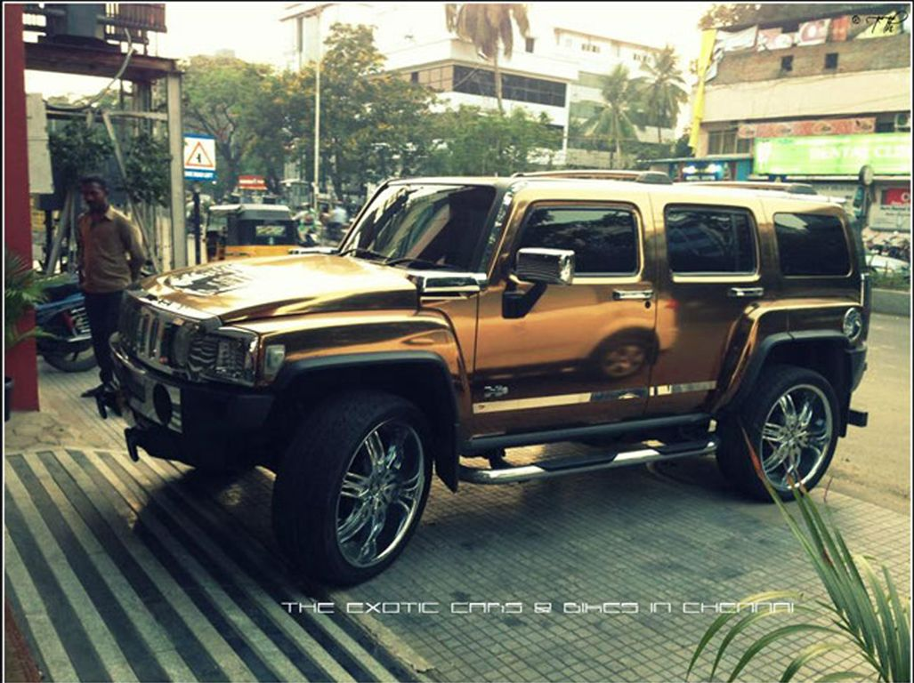 10 best hummer h3 images on pinterest hummer h3 car and cars check out the hummer h3 with an amazing set of wheels and chrome wrap the vanachro Image collections