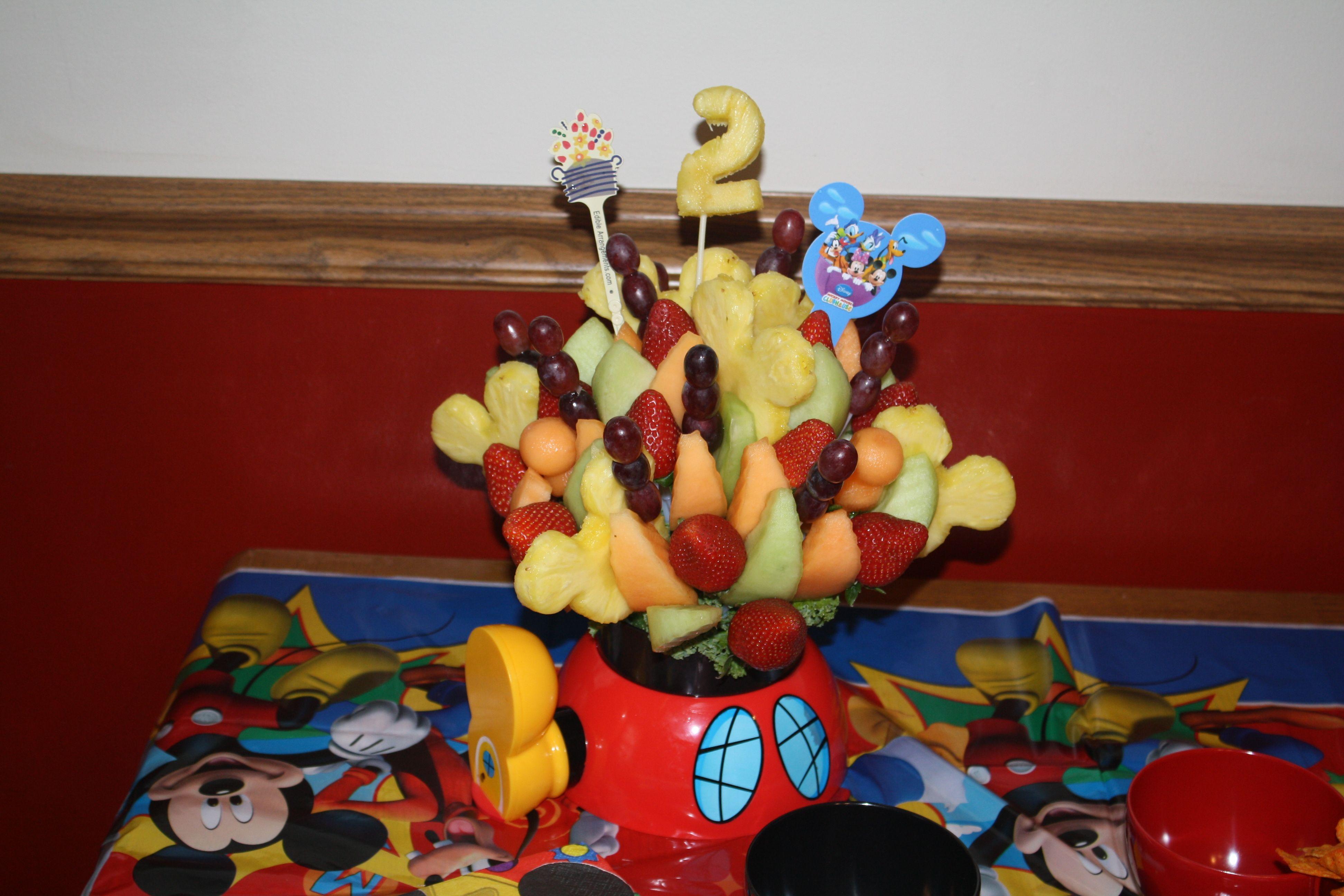 Amazing fruit from Edible Arrangements! Crazy birthday