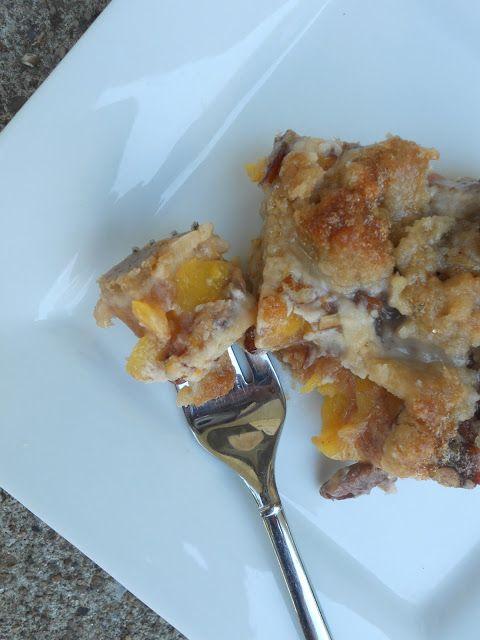 Ally's Sweet and Savory Eats: Caramel Pecan Peach Crumble Bars