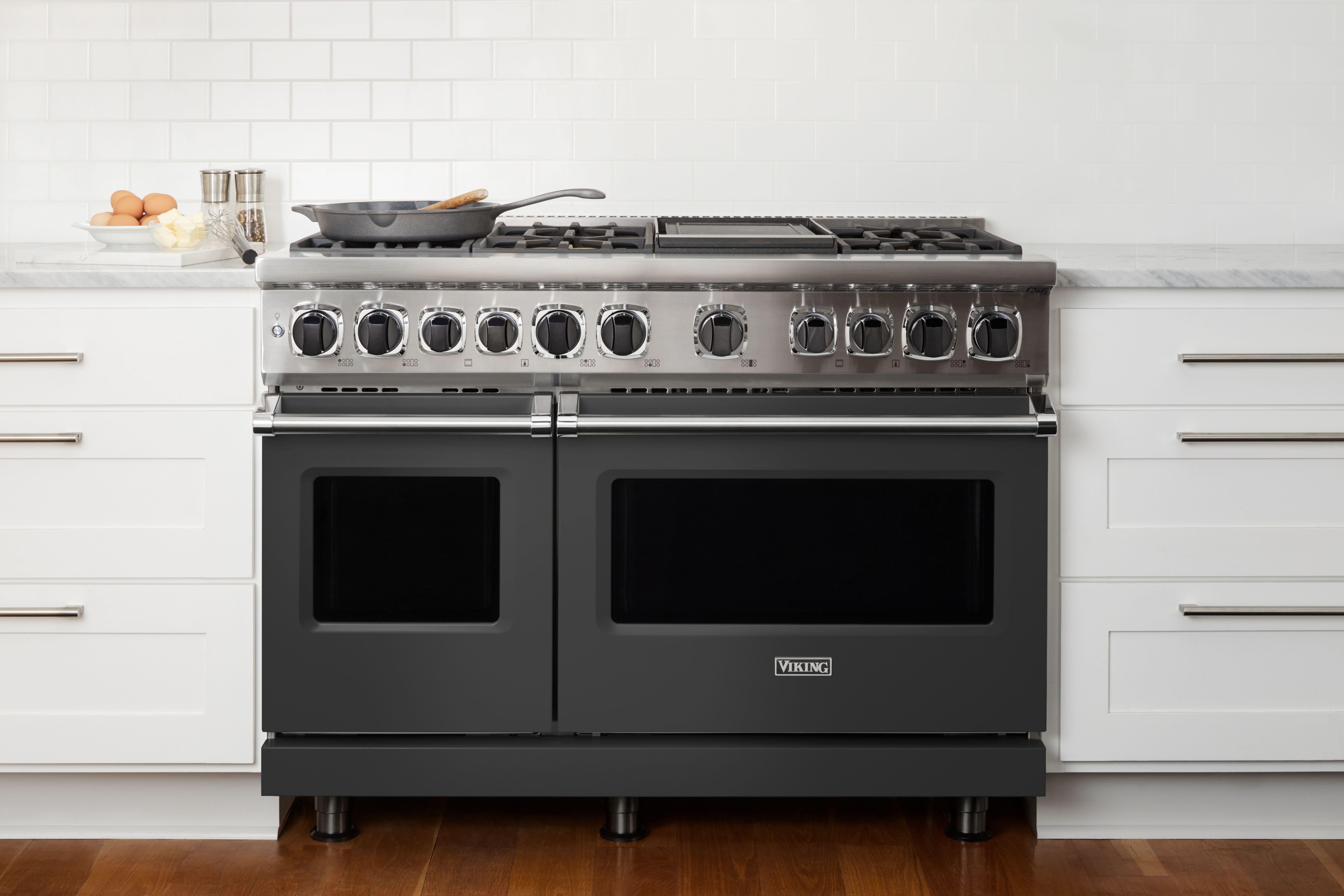 Viking Cast Black In 2021 Viking Kitchen Viking Range Kitchen