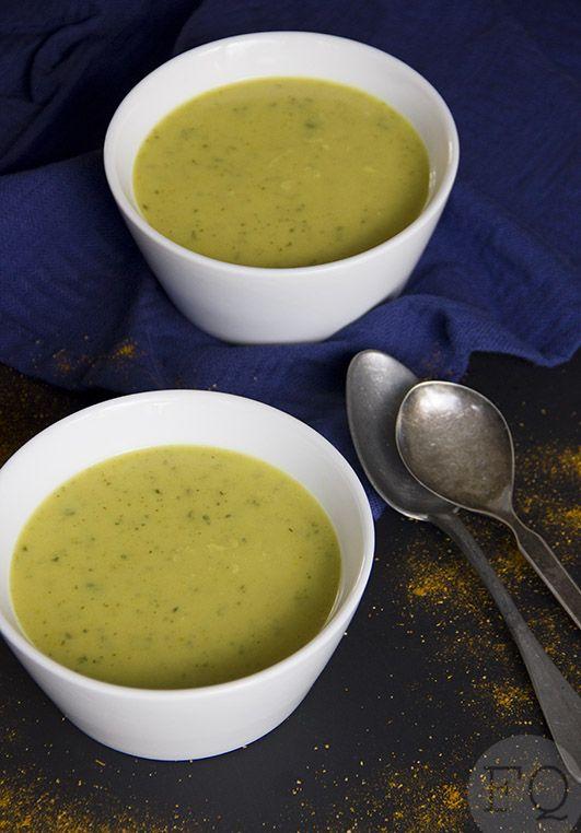 Marokkaanse courgettesoep ui – 1 tl ras el hanout – 1 courgette – 750 ml kippenbouillon – 50 ml kokosmelk