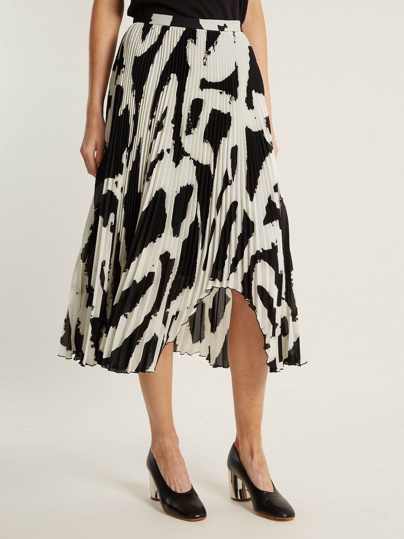 77a7bc829d Click here to buy Proenza Schouler Graphic-print cut-out hem pleated-crepe  midi skirt at MATCHESFASHION.COM