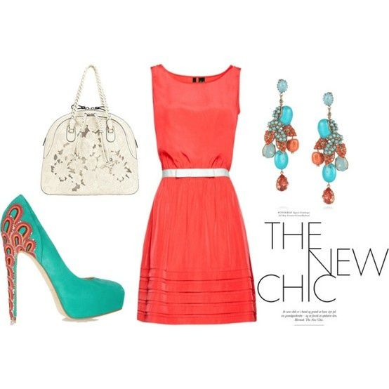 Coral dress, aqua shoes, awesome accessories. Me, exactly ...