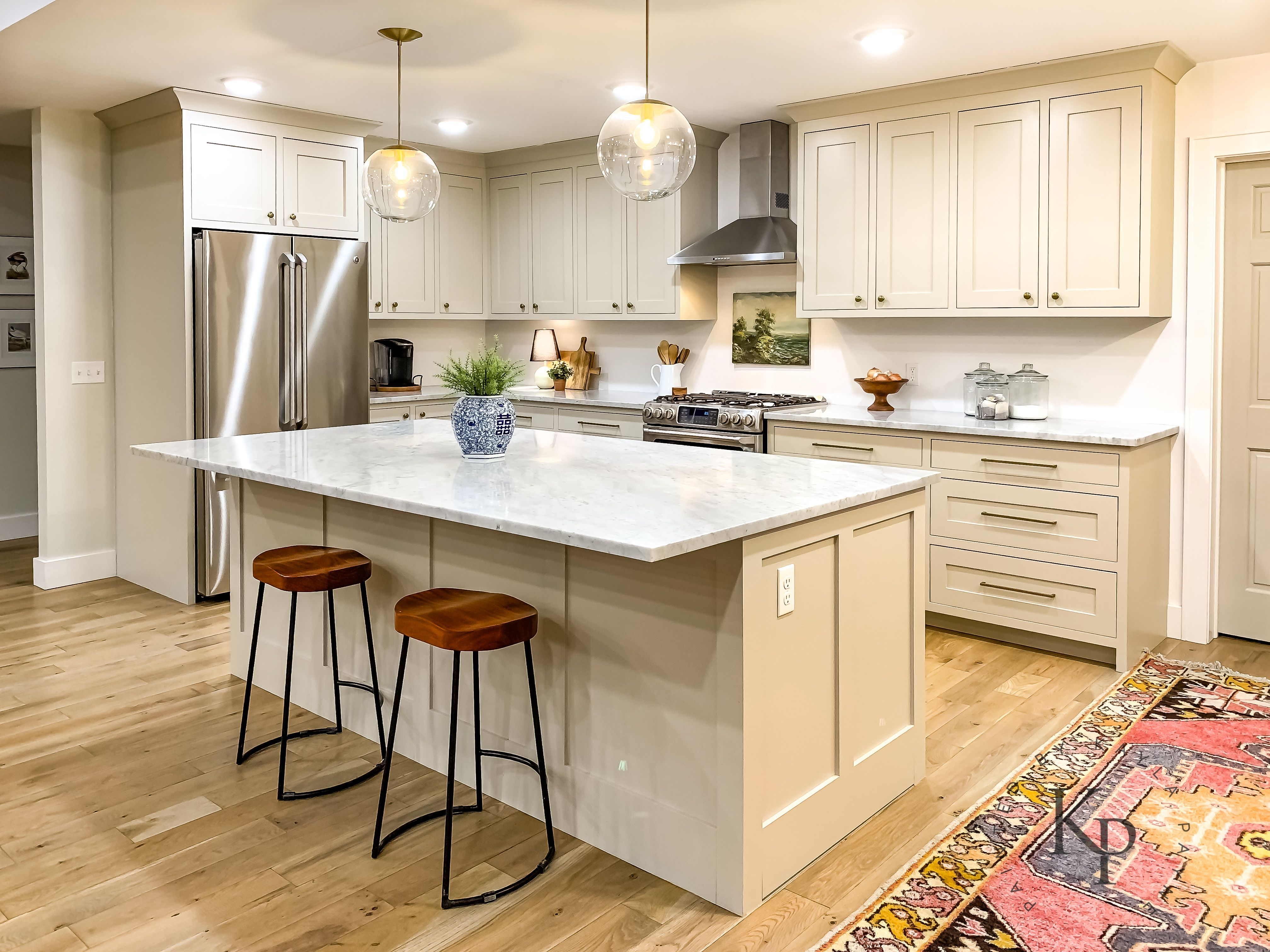 Revere Pewter Kitchen Cabinets Painted By Kayla Payne Kitchencabinetsreviews Revere Pewter Kitchen New Kitchen Cabinets Kitchen Remodel
