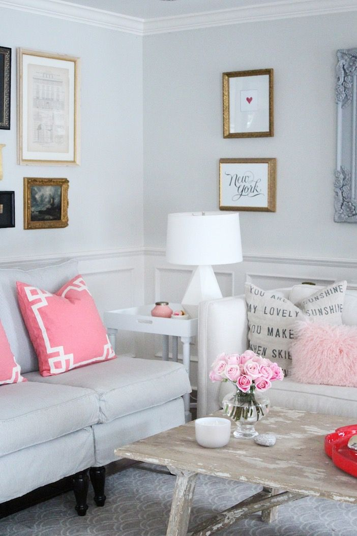 Love this neutral decor with touches of pink